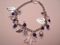 Od nekoliko iskidanih ogrlica može se napraviti jedna