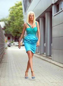Jelena Karleusa na ulici