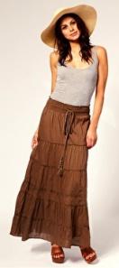 Model maksi suknje koji odlicno stoji punijim osobama!
