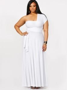 Belu dugu haljinu mobu poneti i punije osobe