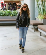 carmen-electra-westfield-mall-pic152224