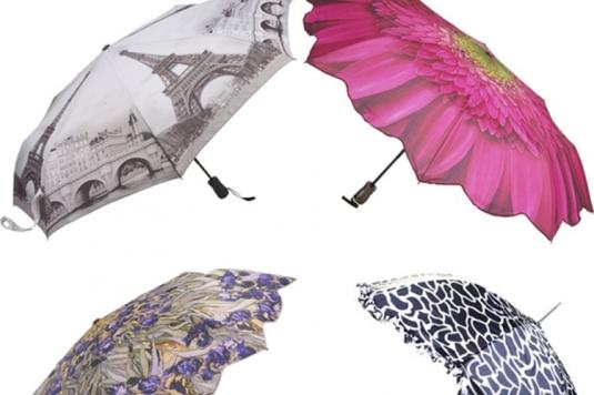 Ne treba uvek mnogo,jedan maštoviti kišobran u kišnom danu može nam popraviti raspoloženje.