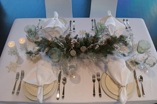 novogodisnja-dekoracija-stola-4